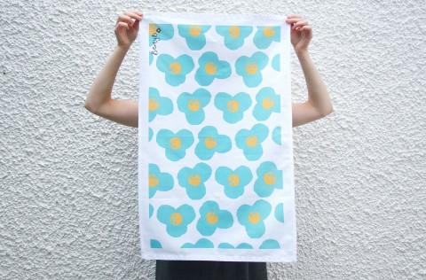 Berty-B-Blue-Flower-Towel-PS-2